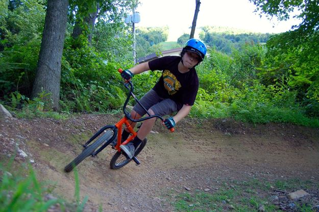 Picture of Friday Ticket - Downhill Mountain Biking