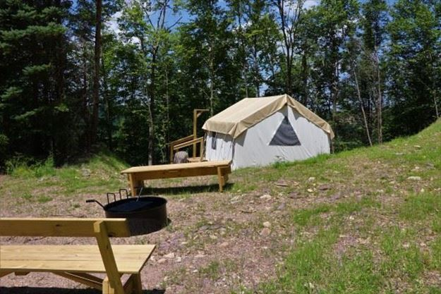 Picture of Hairpin Hideout Glamping Site (Peak Friday-Saturday)